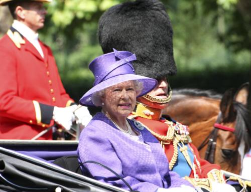 Rainha Elizabeth II tem comemoração de aniversário dupla