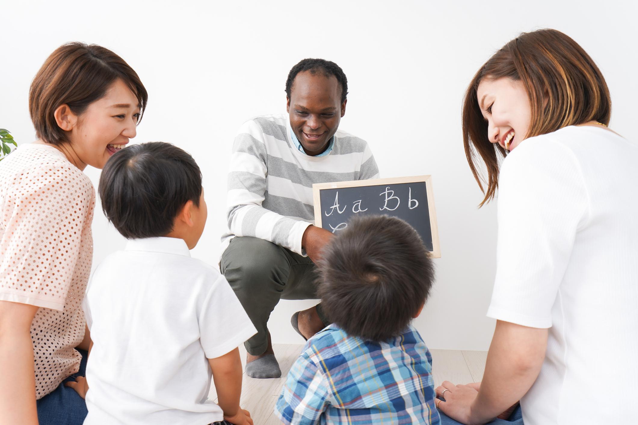 Trava-línguas em inglês podem ajudar seu filho a aprender?